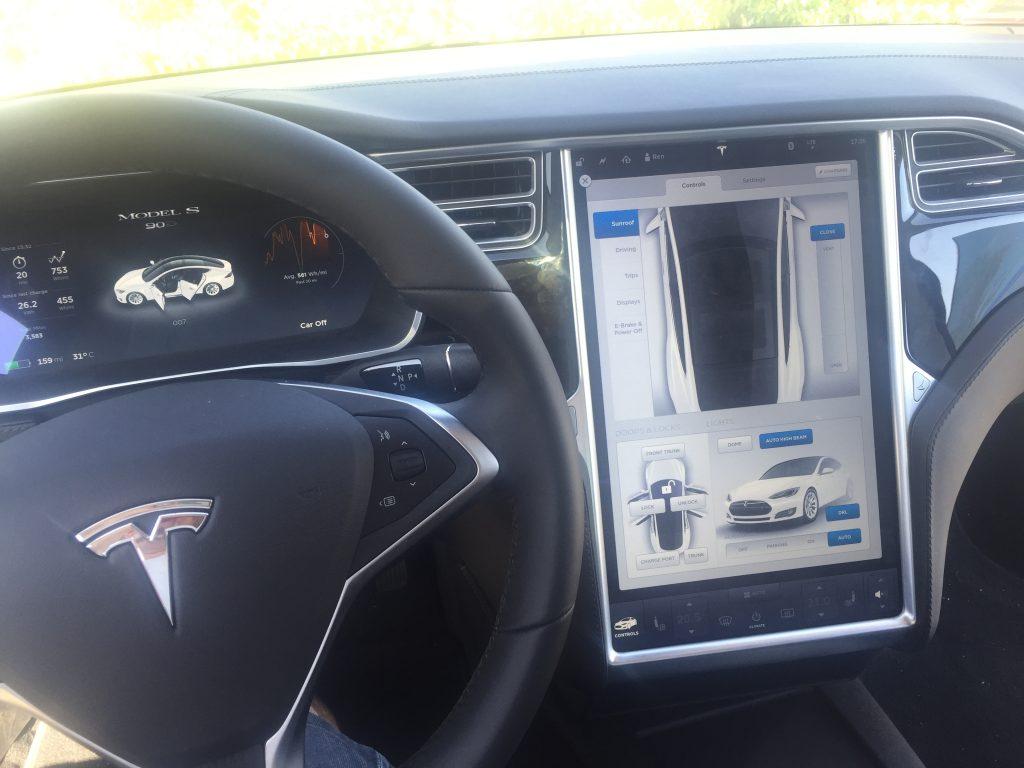 Mittelkonsole des Tesla